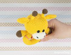 Amigurumi giraffe baby rattle crochet pattern