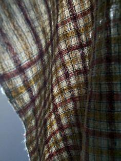 Shawl  by Harue NISHIKAWA / Textile COCOON