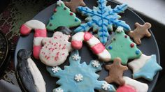 It's Christmas cookie time, and everyone's got a recipe or two they swear by, whether their loyalties lie with frosted sugar cookies or gently spiced gingerbread.