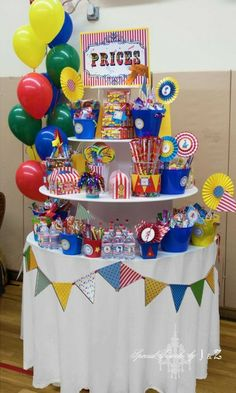 Prizes at a Circus Party #circus #partyprizes