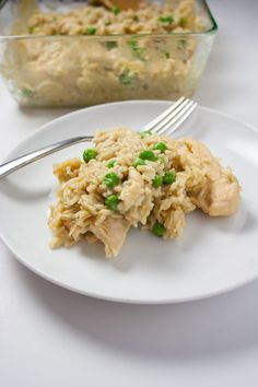 Oven Baked Chicken and Rice Casserole - Improv Oven Oven Chicken And Rice, Chicken Rice Casserole, Oven Chicken Recipes, Oven Baked Chicken, Baked Chicken Breast, Chicken Breasts, Chicken Soup, Freezable Casseroles, Casserole To Freeze