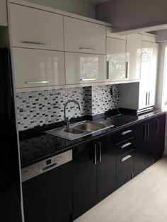 Kitchen Organization, Kitchen Ideas, Kitchen Cabinets, Home And Garden, Home Decor, Kitchen, Black Kitchens, Houses, Kitchens