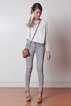 Get this look (sweater, jeans, necklace) http://kalei.do/XHsTY8cYNL1IqqHc