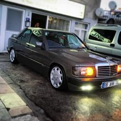 Mercedes Benz 190e, Mercedes 190, Classic Mercedes, Slammed, Dan, Turkey, Friends, Cars, Amigos