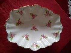 pink rosebud pattern
