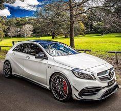 Mercedes A45 Amg, Mercedes Benz Cars, Classe A Amg, Performance Bike, Car Goals, Luxury Cars, Dream Cars, Super Cars, Automobile