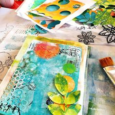 "476 Likes, 14 Comments - Birgit Koopsen-Bernstein 🇳🇱 (@birgitkoopsen) on Instagram: ""On my demo table right now. Teaching my Mixed Media Collage Workshop @leukestempels . Colorful and…"""