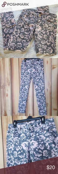 Pink Rose Floral Jeans size 3 Fire Los Angeles Size 3 By Fire Los Angeles Fire Los Angeles Jeans Skinny
