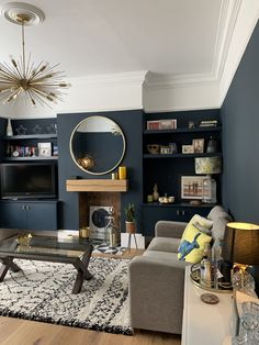 Navy Living Rooms, Dark Blue Living Room, Blue Living Room Decor, Living Room Color Schemes, New Living Room, Home And Living, Living Room Designs, Modern Living Room Paint, Farrow And Ball Living Room
