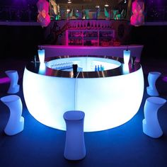 Module Bar Du0027Angle Blanc Lumineux   Fiesta Curva Light Par Vondom · Club  FurnitureWicker ...