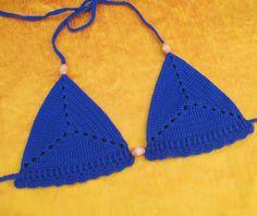 Free Crochet Pattern: Sand Dollar Bikini Top