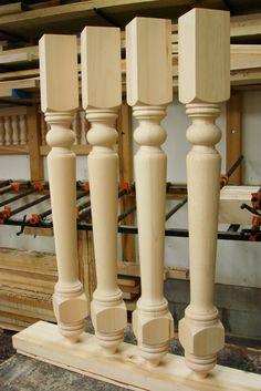 Cabinet legs in pine - Brookhaven pattern.