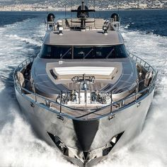 Fancy a yacht like this. See the bio Yacht Design, Boat Design, Speed Boats, Power Boats, Yacht Luxury, Luxury Travel, Luxury Cars, Ski Nautique, Cool Boats