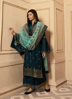 Palazzo With Kurti, Palazzo Suit, Embroidery On Kurtis, Kurti Embroidery Design, Eid Outfits, Bridal Outfits, Pakistani Dress Design, Pakistani Dresses, Fashion Pants