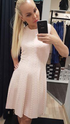 Selfies, Opera, Boutique, Shopping, Dresses, Fashion, Vestidos, Moda, Gowns