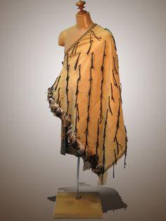 Maori and Polynesian Maori Designs, Whale Rider, Maori Words, Maori Patterns, Island Outfit, Nz Art, Maori Art, Bone Carving, World Cultures