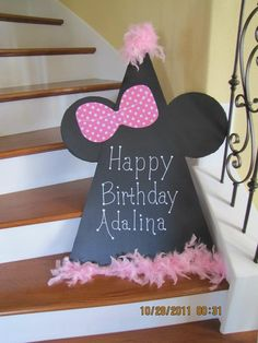 Minnie Mouse Birthday Door Hanger