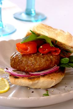 Lamb Burgers with Rosemary: a great idea for casual entertaining over the #Easter weekend.