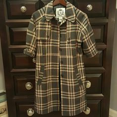 💲✂ BB Dakota HILDA Plaid Trench Coat Lovely BB Dakota mid sleeve coat. Wonderful structure. Hidden closure buttons. Belt missing but don't let that spoil your style....Add a red belt! Military style greyish and tan with red stiching. Never worn! NO OFFERS! BUY NOW ONLY!!! Jackets & Coats Trench Coats