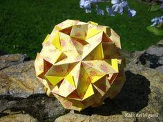 Origami ☀ Gekkin ☀ Kusudama Variation