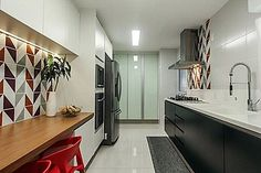 cantinho para refeição na cozinha pequena 19 Interior Design Kitchen, Kitchen Decor, Interior Decorating, Kitchen Ideas, Kitchen Installation, Apartment Design, Decoration, Interior Inspiration, Sweet Home
