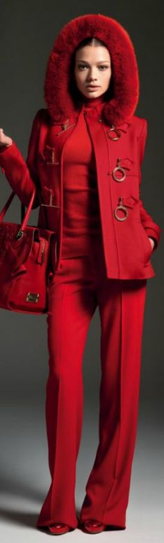 Blumarine Fall Winter Main Collection Red from head to toe! Fashion Mode, Red Fashion, Look Fashion, High Fashion, Womens Fashion, Looks Style, Style Me, Winter Typ, Fall Winter
