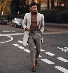 Smart Casual Work Outfit, Smart Casual Men, Casual Office, Men's Business Outfits, Business Casual Outfits, Business Men, Winter Outfits Men, Casual Fall Outfits, Casual Suit