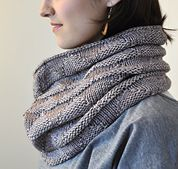 Ravelry: Triangles! pattern by Valérie Miller