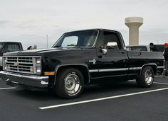 1987 Chevy Fleetside 1/2 ton Dropped Trucks, Lowered Trucks, C10 Trucks, Chevy Pickup Trucks, Classic Chevy Trucks, Chevrolet Trucks, Old Chevy Pickups, Chevrolet Silverado, Single Cab Trucks