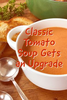 Tomato Soup Recipes, Female Hormones, Senior Living, Chowders, Soups And Stews, Cold Weather, Tomatoes, Chili, Recipies