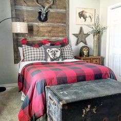 Looking for some home inspiration? Check out our friends over at for great examples of mixing bargain finds with name brand home decor. And yes thats a floor lamp from Walmart the lamp her Farmhouse Style Bedrooms, Farmhouse Bedroom Decor, Bedroom Themes, Kids Bedroom, Bedroom Ideas, Bedroom Loft, Plaid Bedroom, My New Room, Interiores Design