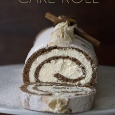 The perfect low carb holiday dessert! This beautiful keto Gingerbread cake roll is a showstopper, and no one will believe it's sugar free. Tender grain-free gingerbread cake with a creamy low carb filling. And only net carbs per serving. Low Carb Chocolate, Sugar Free Chocolate, Keto Chocolate Cake, Chocolate Donuts, Keto Birthday Cake, Low Carb Cheesecake Recipe, Brownie Cheesecake, Coconut Cheesecake, Italian Cream Cakes