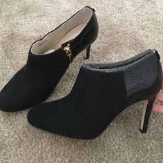 Michael Kors black suede/leather ankle booties Pre owned in very good condition! Black suede in front and croc leather in back. Michael Kors Shoes Ankle Boots & Booties