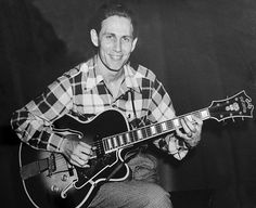 Chet Atkins C. And his beloved D'Angelico Excell before he put's on a second pick-up Guitar Reviews, Chet Atkins, 50s Vintage, Rock And Roll, Guitars, Musicals, Folk, Blues, Classic