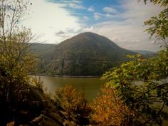 Escape NYC with a hike on the Breakneck Ridge Trail
