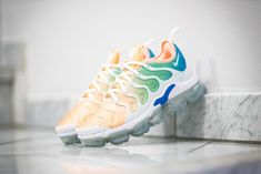 Women's Sneakers : Picture Description Nike WMNS Air VaporMax Plus in Two Energetic Colorways – EU Kicks: Sneaker Magazine - #Sneakers https://glamfashion.net/fashion/shoes/sneakers/trendy-womens-sneakers-nike-wmns-air-vapormax-plus-in-two-energetic-colorways-eu-kicks-sneaker-magaz/ Running Sneakers, Running Shoes Nike, Nike Shoes, Women's Sneakers, Runway Fashion, Fashion Models, Fashion Usa, Net Fashion, Africa Fashion