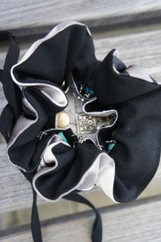 Black & White Branches Louis Jane Silk 6″ (medium) Jewelry Pouch