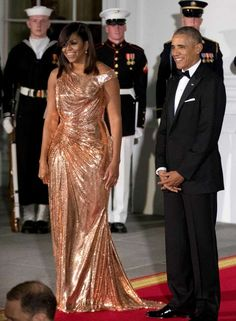 #President Of The United States  #BarackObama and #FirstLady Of The United States  #MichelleObama #14th & #Last #StateDinner First Lady Michelle Obama Wearing #Chainmail #Versace #Gown At Her Last State Dinner