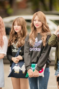 IOI - Nayoung, Sohye Kpop Girl Groups, Korean Girl Groups, Kpop Girls, Pop Fashion, Asian Fashion, Girl Fashion, Ioi Nayoung, Bae, Kim Sejeong