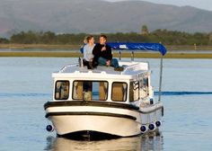 Houseboats in Eastern Cape, South Africa - Wake up to the call of the fish eagles on a Houseboat Adventure in Eastern Cape & Wild Coast.