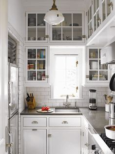 Genius tiny house kitchen ideas (51)