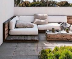 Love The Use Of Timber In This Outdoor Daybed Outdoor Furniture Outdoor Sofa Bed Resin Patio Furniture, Diy Furniture Couch, Balcony Furniture, Diy Outdoor Furniture, Diy Pallet Furniture, Furniture Design, Rustic Furniture, Furniture Ideas, Furniture Layout