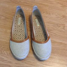 Groove flats Fabric and jute slip ons. Tomorrow style Groove Shoes Flats & Loafers