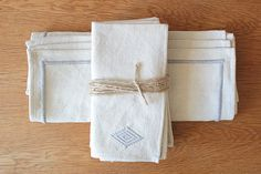 Heather Taylor Home | Cotton Dinner Napkins and Placemats, Grey