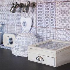 Kuchyně - fotogalerie a inspirace | Favi.cz Double Vanity, Sink, Bathroom, Inspiration, Home Decor, Vintage, Washroom, Biblical Inspiration, Room Decor