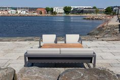 Sundays Core gruppe Bly inkludert puter i lys grå farge (svaberg) - Fine Design Outdoor Sofa, Outdoor Furniture, Outdoor Decor, Sun Lounger, Design, Home Decor, Lily, Chaise Longue, Decoration Home
