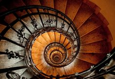 Spiraling down by barbus22