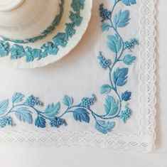 Sky blue Grape from queensware' motif Love it . . . #wedgewood #queensware#lavender#cream#shell#table#embroidery #hoopart#bordado…