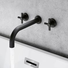 Choose bath taps that are pretty special! From floor standing bath taps to white waterfall taps, traditional bath taps & modern bath & shower mixer taps. Loft Bathroom, Bathroom Taps, Dream Bathrooms, Bathroom Interior, Freestanding Bath Taps, Bath Shower Mixer Taps, Wall Taps, Traditional Baths, Black Taps