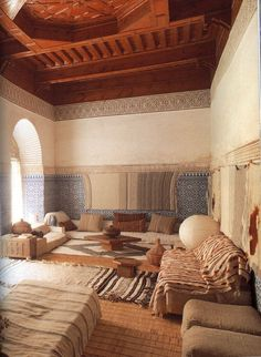 Moroccan Interiors by Lisa Lovatt-Smith Never really loved a living room design… Moroccan Design, Moroccan Decor, Moroccan Style, Moroccan Lanterns, Moroccan Bedroom, Moroccan Interiors, Moroccan Lounge, Interior Architecture, Interior And Exterior